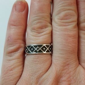 Jewelry - 3/$20 💜 Sterling Silver Mexico Ring Size 9